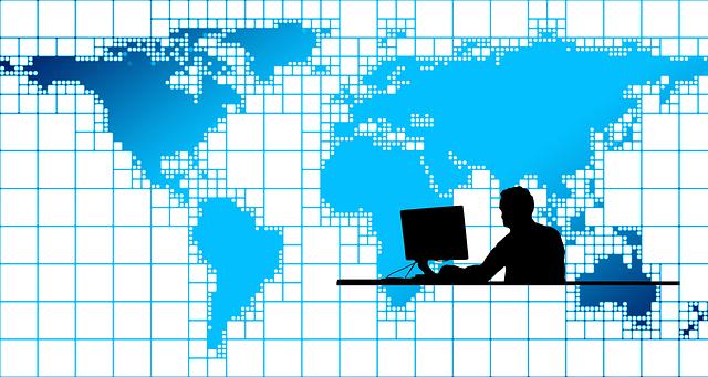 S počítačem na internetu